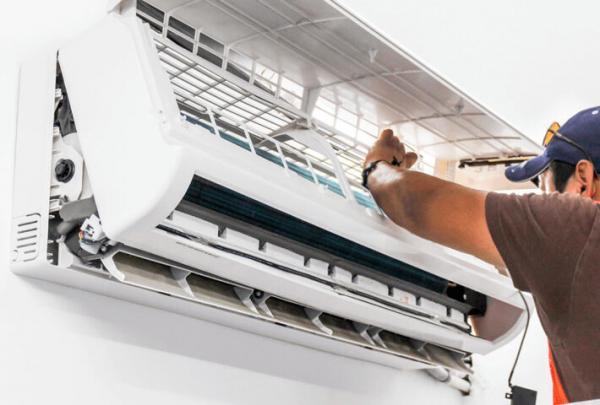 Trust the Proficient Technicians of AC Repair Aventura