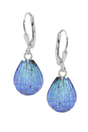 Try Scallop Earrings For Elegant Look